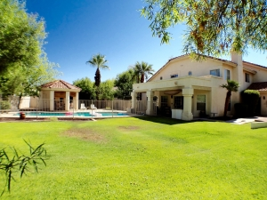 5 bedroom home Tempe AZ with Pool